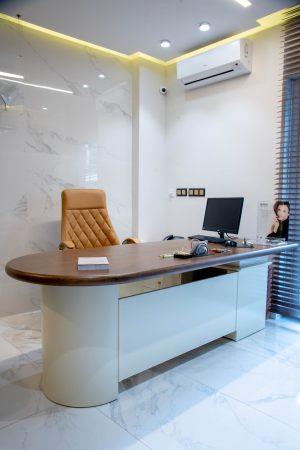 Γραφείο στο κέντρο αισθητικής Medi B In Beauty στην πόλη της Καβάλας